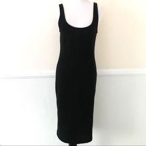 ❗️SOLD❗️Zara Women's Black Midi Dress